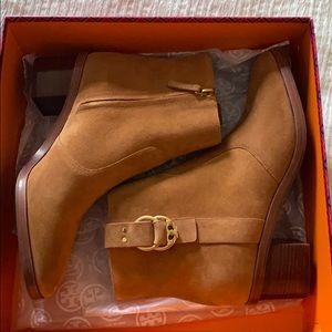 Brand new Tory Burch low boots!